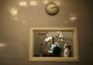Янукович поручил Медведько проверить информацию о черных трансплантологах