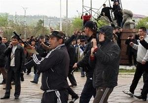 Сторонники Бакиева захватили здание телерадиокомпании в Джалал-Абаде