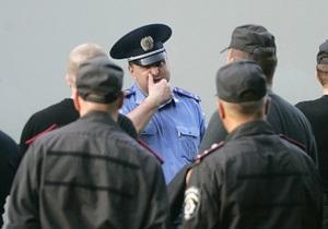 Киевское метро отказалось бесплатно перевозить сотрудников милиции и СБУ