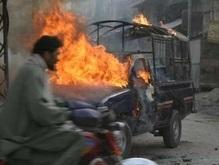 Пакистан: количество жертв теракта растет