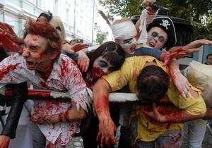 Фотогалерея: Зомби атакуют. В Киеве прошел парад зомби