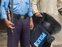 Серия взрывов в Пакистане: более 25 человек ранены