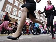 В Амстердаме состоялся забег на каблуках