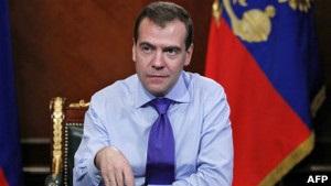 Медведев намекнул россиянам, за кого голосовать