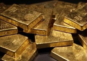 Мировые цены на золото продолжили рост из-за возможного дефолта Греции