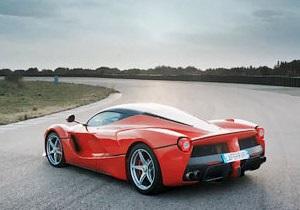 Экономичная мощность. Какими будут новые автомобили Ferrari