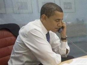 Обама поговорил по телефону с Саакашвили