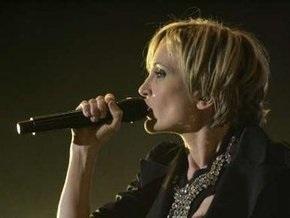 Евровидение – 2009: Патрисия Каас видит себя на сцене лишь со стойкой микрофона