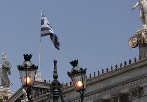 Греция серьезно промахнется мимо целевого долга - источники