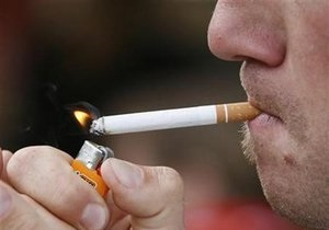 Страшная картинка на пачке сигарет сильнее слов
