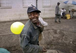 Художник отправит в Кабул тысячи надувных шариков