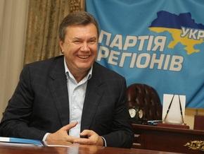 Янукович: Я круглый год обливаюсь холодной водой, и мне это помогает