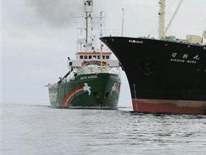 В Японии рыболовецкое судно столкнулась с военным кораблем