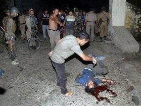 Индийская полиция открыла огонь по демонстрантам, погиб журналист