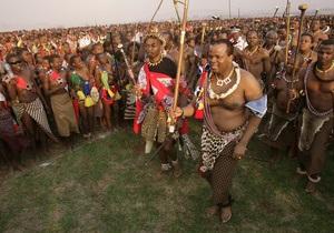 Король Свазиленда приказал подданным дарить ему коров на день рождения