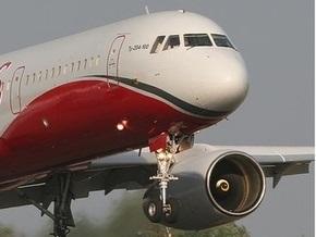 Пассажирский Ту-204 совершил аварийную посадку в Сочи
