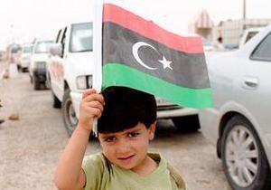 Повстанцы заявили, что один из соратников Каддафи перешел на их сторону