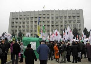 В Одессе около тысячи человек митинговали под лозунгом Украина против Януковича