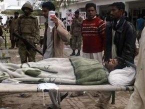 При взрыве в Пакистане погибли 20 человек