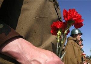 В Киеве 9 мая в общественном транспорте ветеранам войны будут вручать цветы