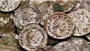 В городе Бат найдено 30 тысяч римских монет