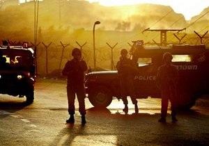 В Хайфе арабы пытались расправиться с двумя израильскими военными