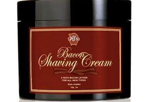 Запах победы и яичницы: В США появился крем для бритья с запахом бекона