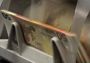 Евро на межбанке продолжает снижение