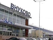 В Москве самолет врезался в тягач
