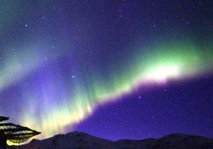 В Лапландии выключают уличные фонари, чтобы туристы могли полюбоваться Полярным сиянием