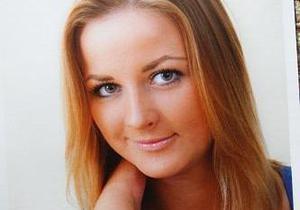 В Киеве похоронили девушку, которая погибла в ДТП с супругой Реброва
