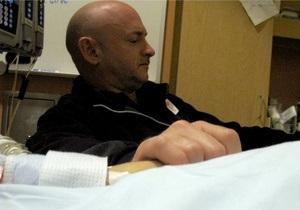 Опубликованы первые фото из палаты раненной конгрессвумен Гиффордс