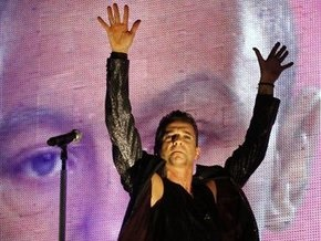 Вокалист Depeche Mode перепутал Перу с Чили