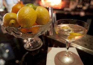 Ром, джин, вермут. Рецепты освежающих алкогольных коктейлей