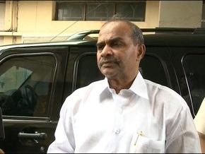 Индийский министр, поисками которого занимались 5 тыс. человек, погиб при крушении вертолета