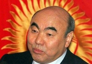 Аскару Акаеву разрешили вернуться в Кыргызстан
