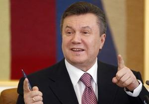 Янукович и Азаров поздравили Индию с Днем независимости