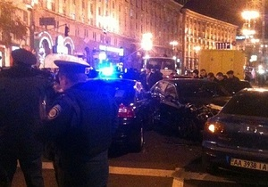 Мужчина, пострадавший от наезда Bentley на Крещатике, оказался регулировщиком