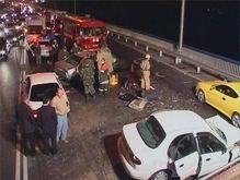 ДТП на проспекте Науки в Киеве: 1 человек погиб, 3 получили тяжелые ранения