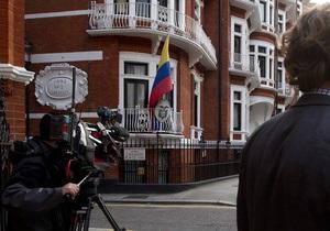 В связи с делом Ассанжа Россия напомнила Британии о Березовском