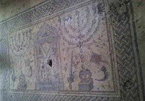 В древней синагоге Тверии вандалы повредили мозаики, которым около 1,6 тыс. лет