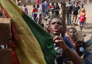 Ситуация в Мали: Африканский союз и Франция назвали провозглашение независимости туарегов  ничтожным