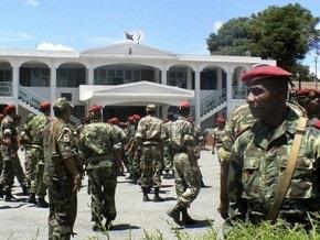 Военные ввели в столицу Мадагаскара танки