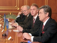Президент неожиданно сократил свой визит в Таджикистан