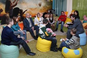Співробітники «Київстар» подарували новорічні свята дітям-сиротам
