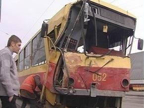 В Киеве столкнулись два трамвая