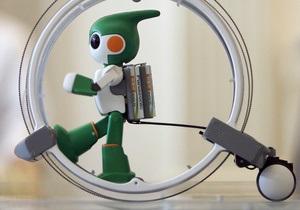Японский робот отправится на соревнования по триатлону
