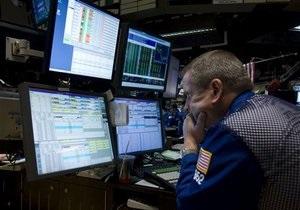 Торговая активность на фондовом рынке сегодня снизилась вдвое