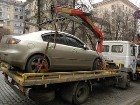 Власти ведут переговоры с ГАИ по возобновлению работы эвакуаторов в Киеве