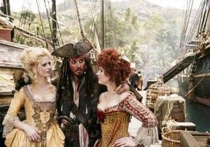 Создатели Пиратов Карибского моря-4 ищут девушек с большой грудью